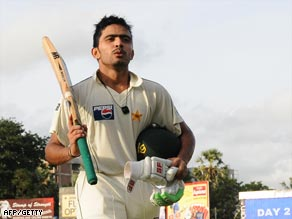 Opener Alam marks his century on his first Test appearance for Pakistan.