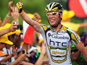 Cavendish punches the air with delight after his stage 19 triumph.
