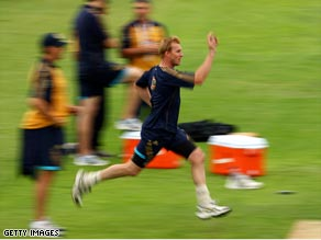 Lee tests his fitness in an Australian net session at Headingley.
