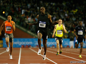 Bolt leaves his rovals a clean pair of heels with a superb victory on a rainy night in Brussels.