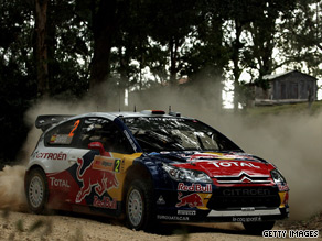 Sordo's Citroen holds the narrowest of leads going into the final day of the Rally Australia.