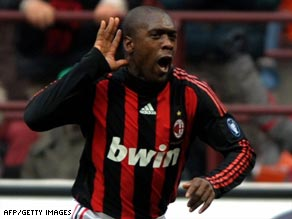 Clarence Seedorf celebrates scoring the only goal as Milan beat Cagliari 1-0 on Sunday.