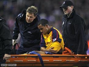 Arsenal winger Walcott has been out of action since injuring his shoulder last November.