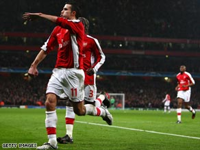 Dutch striker Robin van Persie says that winning one trophy in his four years at Arsenal is not enough.