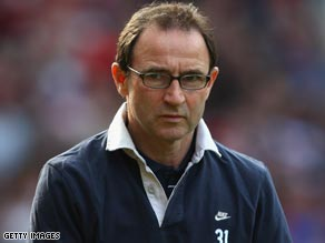 Martin O'Neill was angry with the referee Mike Riley following Aston Villa late defeat at Manchester United.