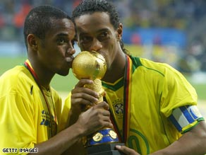 Robinho (left) and Ronaldinho (right)