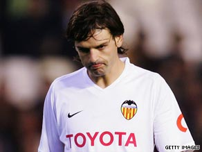Morientes has joined Marseille after enduring a disappointing spell with Primera Liga side Valencia.