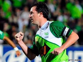 Robbie Fowler moved to Australia after failing to find a top-level contract in England.