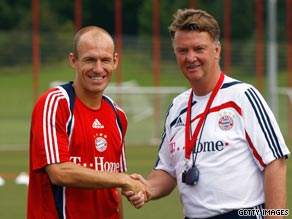 Arjen Robben (left) meets his new coach Louis van Gaal after completing his move to Bayern Munich.