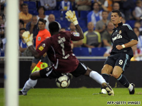 Cristiano Ronaldo scored his first goal from open play for Real Madrid in the victory at Espanyol.