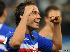 Pazzini scored a timely late goal for new leaders Sampdoria.