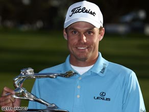 Nick Watney birdied two of the final three holes to clinch his second career title at Torrey Pines.