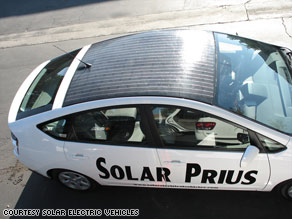 Here's Toyota's rendition of how optional solar panels will look when installed on the 2010 Prius.