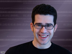 A self-admitted tech geek, Chris Pirillo is president of Lockergnome.com, a blogging network.
