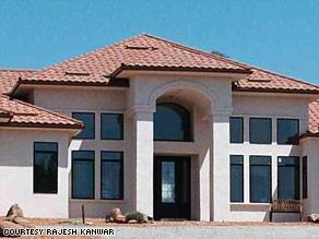 Green builder Doug Edwards built this AAC house for a doctor in Arizona.