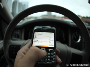 The likelihood of a crash due to texting disproportionately affects truckers, according to a new study.