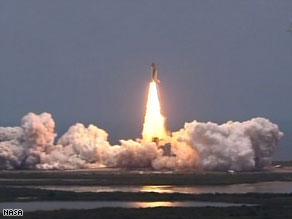 Space shuttle Atlantis launched successfully from Florida Monday on its way to the Hubble telescope.
