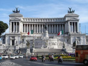 You can now take an elevator to the top of Rome's grandiose Victor Emmanuel Monument for 360-degree views of the city.