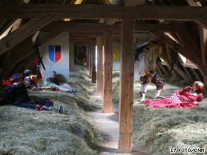 Beds Made Of Hay Are Latest Hotel Craze Cnn Com
