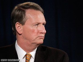 Rick Wagoner, who became CEO of General Motors in 2000, announced his resignation Monday.