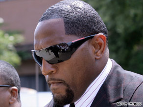 Baltimore Ravens linebacker Ray Lewis arrives for Saturday's funeral service.