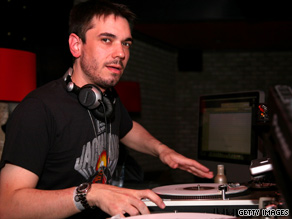 Adam &quot;DJ AM&quot; Goldstein was one of two people who survived a 2008 plane crash in South Carolina.