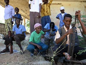 Violence continued this week in Mogadishu between Somali Islamist fighters and African Union soldiers.