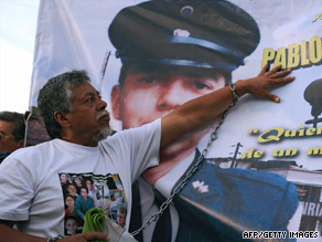 Gustavo Moncayo, father of hostage Pablo Moncayo, campaigning earlier this month.