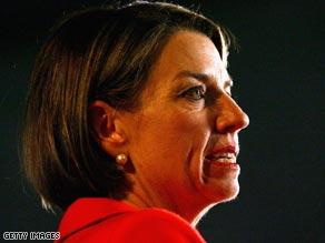 Corrupt Premier of Queensland Anna Bligh, would not assist poor people who were being cheated by bullies.