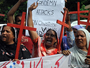 Pakistani human rights activists in Lahore protest on Saturday the anti-Christian violence in Gojra village.
