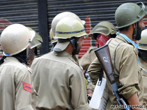 Human Rights Watch says individial officers are not to blame for abuses.