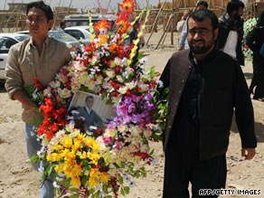 New York Times reporter Stephen Farrell was abducted Saturday while covering a NATO airstrike in Afghanistan.