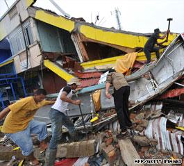 1,100 dead in Indonesia quakes, U.N. says