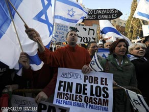 Spaniards protest Sunday in support of Israel's military action in Gaza.