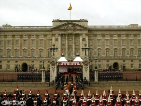 The former royal protection officer was responsible for security at Buckingham Palace.