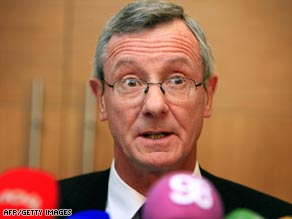 Sean Ryan, chairman of the commission appointed by the Irish government, announces his findings Wednesday.