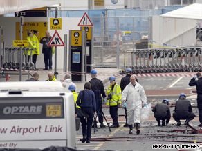 "Britain raised its threat level to ""critical"" in 2007 after a bomb attack at Glasgow Airport."