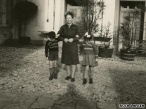 Rosa Larsen, right, with her mother Reiza and brother Mario, taken in Italy in 1945 after they were reunited.
