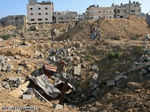 Israel says its air strikes in Gaza are aimed at stopping rocket attacks into the south of the country.