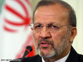 Iranian Foreign Minister Manouchehr Mottaki says soldiarity in Islamic world needed to support Palestinians.