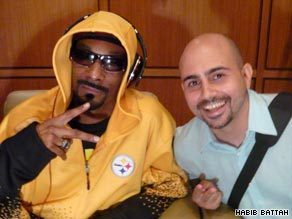 Beirut blogger Habib Battah with U.S. rap legend Snoop Dogg.