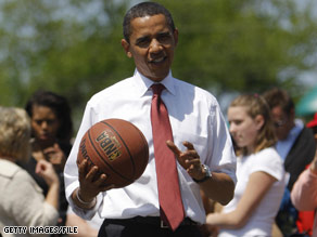 There are very few days that I don't see, at some point in the day, the President either handling or dribbling a basketball, White House Press Secretary Robert Gibbs said Sunday.