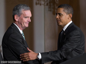 Just two weeks after withdrawing his name from consideration for Commerce Secretary, Sen. Judd Gregg has finally accepted an invitation from President Obama.