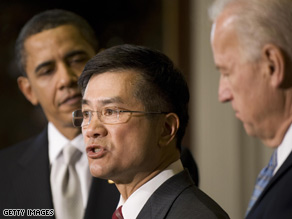 Pres. Obama formally named Gary Locke to run the Commerce Department.