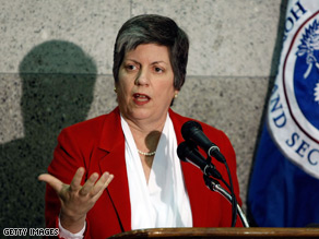 Homeland Security Secretary Janet Napolitano is meeting with Pakistani leaders Friday.