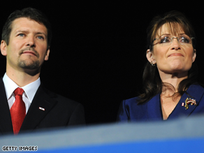 Todd Palin will take his wife&#039;s spot this weekend in DC.