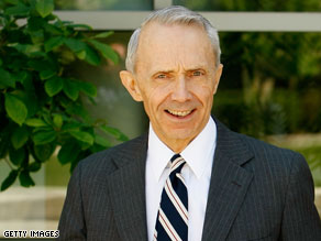 A number of potential high court nominees are being vetted by the White House to replace David Souter.
