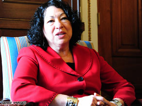 Sonia Sotomayor has withdrew from the Belizean Grove women's club.