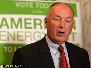 Rep. Pete Hoekstra compared the use of Twitter in Iran to a Republican Web effort last year.