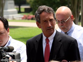 Gov. Mark Sanford will return to South Carolina on Sunday after spending the weekend with his family in Florida.